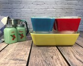 Pyrex Primary Color Refrigerator Set ~ 8 Pieces ~ Yellow Red Blue