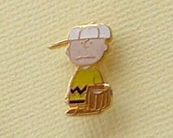 Vintage Snoopy Charlie Brown Pin 2131