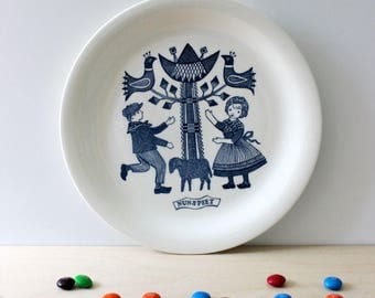 RESERVED for RACHEL   Nunspeet. Dutch Folklore collectible plate by Royal Sphinx Maastricht. Made in Holland.