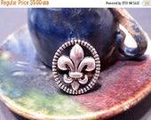 50% Off 10 Fleur de Lis Antique Silver Shank Buttons 12x15mm shank back bracelet clasps C1004 A16