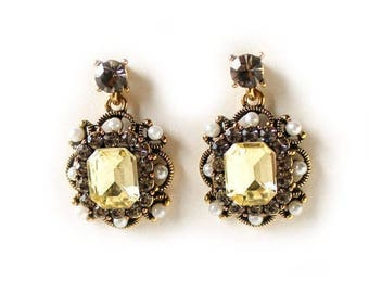 Clearance Sale Vintage light yellow, smokey and clear crystal pearl dangle earrings CLEARANCE