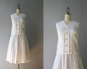 1960s Dress Set / Vintage 60s White Linen Dress / 60s Pleated Full Skirt and Sleeveless Top Set XS extra small