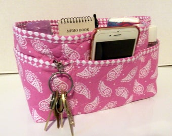 "Purse Organizer Insert/Enclosed Bottom  4"" Depth/ Pink and White Paisley"