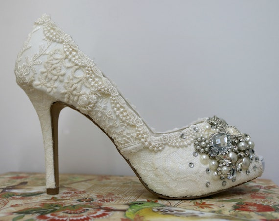Lace High Heel  Wedding shoes... Vintage Lace Bridal Shoes .Hand Embellished Wedding Shoes .  Wedding Heels . Lacy Bridal