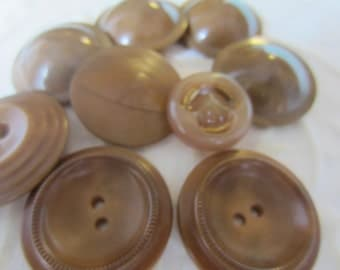 Vintage Buttons - Lot of 9 assorted brown novelty, celluloid/ vegetable ivory novelty, 50's Retro, (jan 182-17)