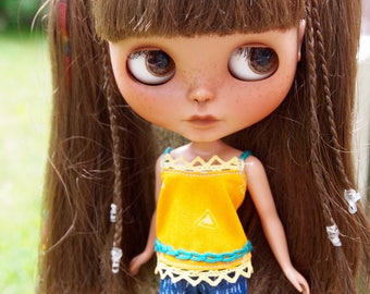 Embroidered Summer Top for Blythe Dolls