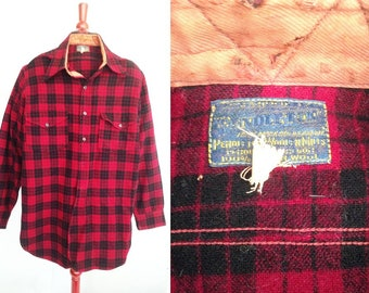 SALE, PENDLETON Vintage 1930s Shirt / Red & Black Wool Plaid probably Buckaroo Style from 30s / Mens 15 neck X 34 Sleeve / Many Cool Details