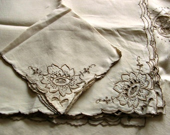 Tablecloth Napkins Set, Ecru Linen Cutwork, luxurious vintage Madeira, superb needlework embroidery, large size, 12 napkins