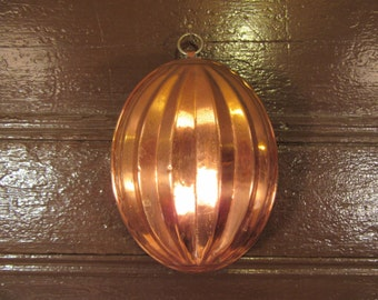Vintage copper oval food mold with brass hanging ring- stamped made in Western Germany- nice condition, beautiful