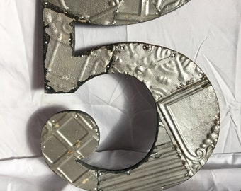 """Reclaimed  Tin Ceiling Wrapped 16"""" Number '5' Patchwork Metal Mosaic Wall Hanging Silver Metal 53-17i"""