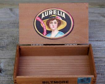 Wooden Dovetailed Aurelia Biltmore Cigar Box Empty