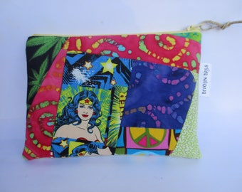 Wonder Woman - Cosmetic case - Cannabis Case - Cannabis Pouch