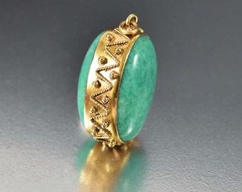 Etruscan 18K Gold Italian Bracelet Charm Pendant Fob Necklace, Vintage Green Quartz Pendant, Vintage Necklace Pendant