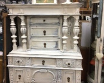 Jacobean Chest of Drawers with Pillars