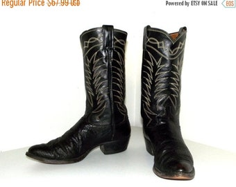 ON SALE Rockabilly style vintage cowboy boots in black leather size 9 B