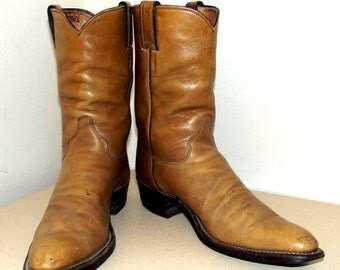 ON SALE Broken In Vintage Justin brand Cowboy Boots - caramel brown leather Size 10 AAA Narrow