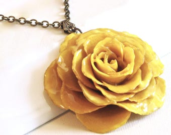 Real Rose Necklace - Yellow, Large Flower Necklace, Nature Jewelry, Large Rose Necklace, Floral Jewelry