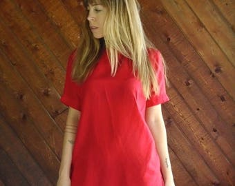 extra 30% off sale . . . Red Silk s/s Tee Shirt Blouse - Vtg 90s - S/M