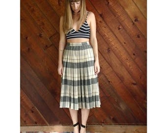 extra 30% off sale . . . Grey Blue Plaid Pleated Midi Skirt - Vintage 70s - S/M