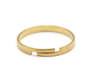Brass Smooth Ring - 20 Raw Brass Adjustable Smooth Rings (19x2.3mm) Mn44