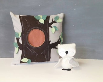 Playful Pillow with Owl - Children, Nursery, Decor, Toy, Owl, Woodlans, Gift