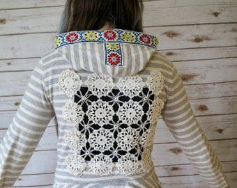 White Gray Stripe Crochet Cut Out Patchwork Lace Applique Bohemian Hippie Upcycled Hoodie Hooded Sweatshirt Sweater Size Small Festival