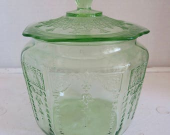 Depression Era Anchor Hocking Green Glass Princess Biscuit Jar