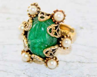 HOLLYCRAFT Jade Pearl Ring Vintage 1960s Signed