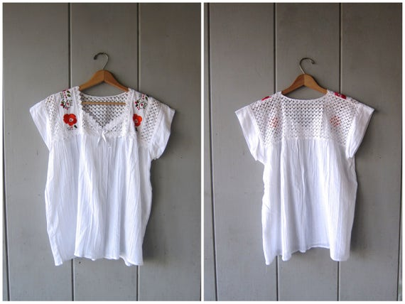 White Embroidered Mexican Blouse Simple Floral Tunic Top Ethnic Bohemian White Cotton Top Crochet Caftan Traditional Womens Medium Large