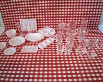 Poppenhuis gerechten, glaswerk, mini glaswerk, serveren gerechten, poppenhuis accessoires, twaalfde schaal, poppenhuis voedsel