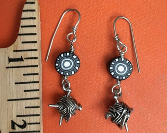 Yarn Earrings with Black and White Bead