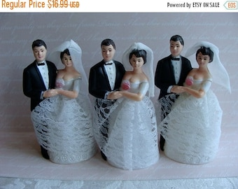ON SALE One Vintage Wilton Wedding Couple Cake Topper Vintage Bride