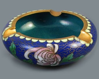 Vintage mid century China / Chinese / Asian / Oriental / cloisonne enamel ashtray / peony / cobalt blue /brass / smoking / tobacciana