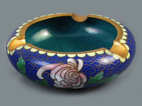 Vintage mid century China / Chinese / Asian / Oriental / cloisonne enamel ashtray / peony / cobalt blue /brass / smoking / tobacciana