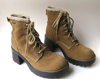 90s vintage Skechers Brown Suede Chunky Heel Ankle Boots with Faux Shearling Trim