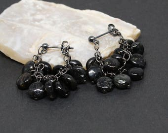 Mica Gemstones . Oxidized Sterling Silver Cluster Dangle Drop Earrings . Dark Black with Gold Flashes . E17067