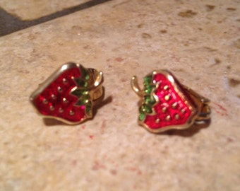 Tiny Strawberry Goldtone Earrings by Avon