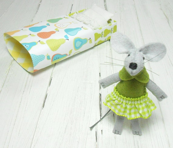 Hand made doll kit Stuffed animal plushie small felt animals  mouse in a matchbox needle felted mouse pears lime green