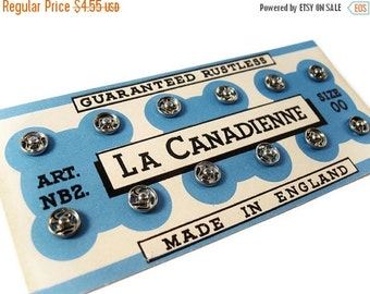 ON SALE Vintage Silver Snap Fasteners on Original Card - La Canadienne