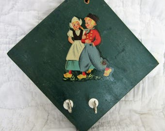 Vintage Wall Hanging with hooks with Dutch Couple