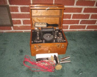 Antique Quack Medicine Shock Therapy Medical Device Machine in Dovetailed Oak Box