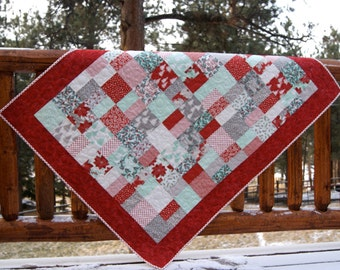 Quilt Winterberry Lap Throw Baby Crib Nursery Bedding Red Wintergreen Gray Scrappy Patchwork Peace on Earth