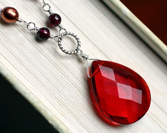 """Red Quartz Necklace with Garnet on Oxidized Sterling Silver - """"Rednight"""" by CircesHouse on Etsy"""
