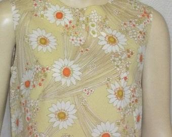 SWEETHEART SALE Vintage 1960's Mod Retro Shift Dress Gold Daisy Daisies Medium