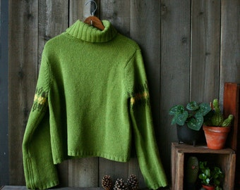 Vintage Wool Turtleneck Sweater Green  Bell Sleeves Geometric Pattern Fabulous Find Size Small Vintage From Nowvintage on Etsy