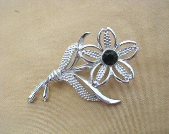 Vintage Black Beauty silver & black Flower pin brooch with black center by Sarah Coventry