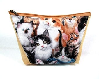 Pretty Cats Quilted Fabric Cosmetic Pouch / Zippered Cell Phone Case / Medicine Pouch