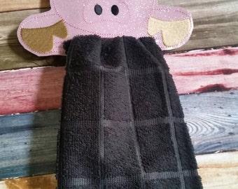 Pink Pig Vinyl Towel Topper -  kitchen towel holder - Farm Animal - Durable - towel included - piggy - snaps