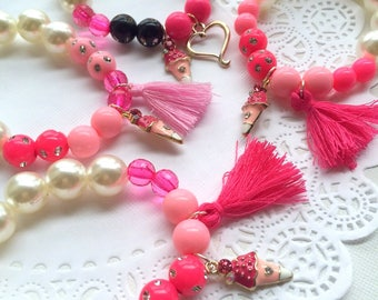 SAMPLE SALE, Chunky kids bracelet, ONE (1) bracelet, ice cream, plastic pearl, summer fashion, pool party, birthday gift, dress up jewelry.