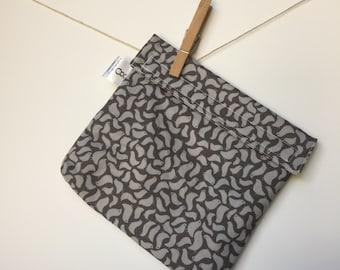 Reusable eco friendly washable Sandwich - grey birds